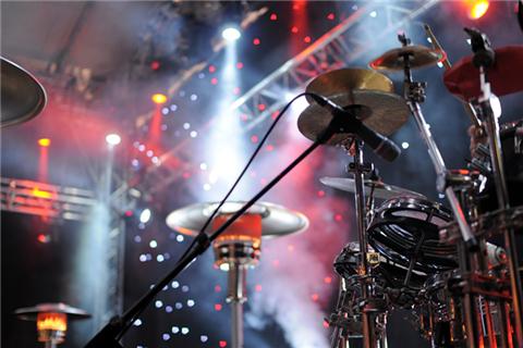 专访十三月卢中强:音乐能撬动一种生活方式,就会获得更好的生存