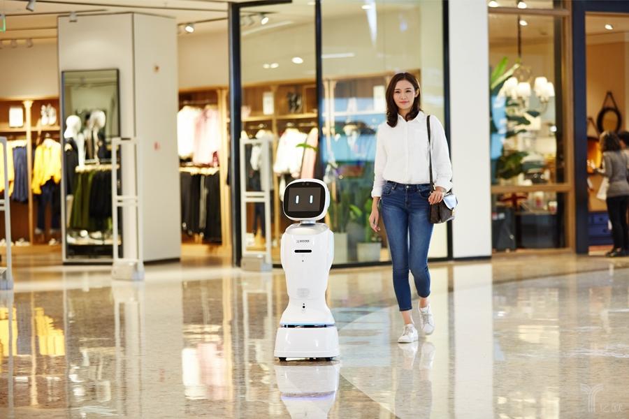 科沃斯商用机器人:智能零售是初衷,银行是第一应用场景-薪媒体_O2O新商业媒体资讯平台