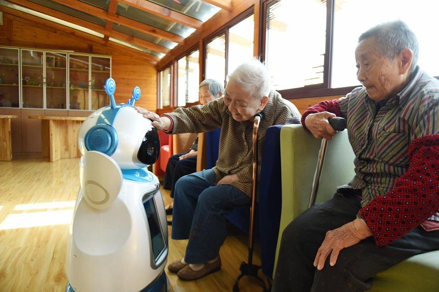 养老机器人,机器人,人口老龄化,日本,护理机器人,传感器,Robear